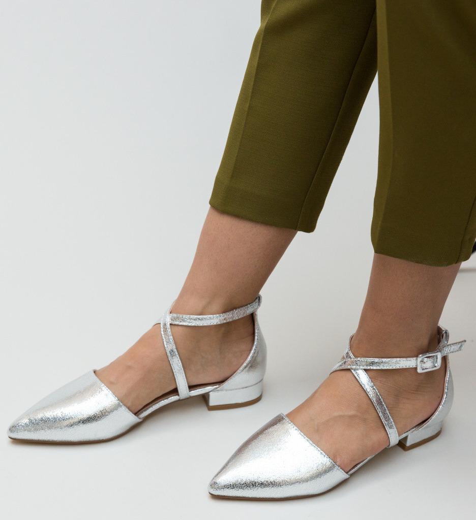 Обувки Carli Сребърни
