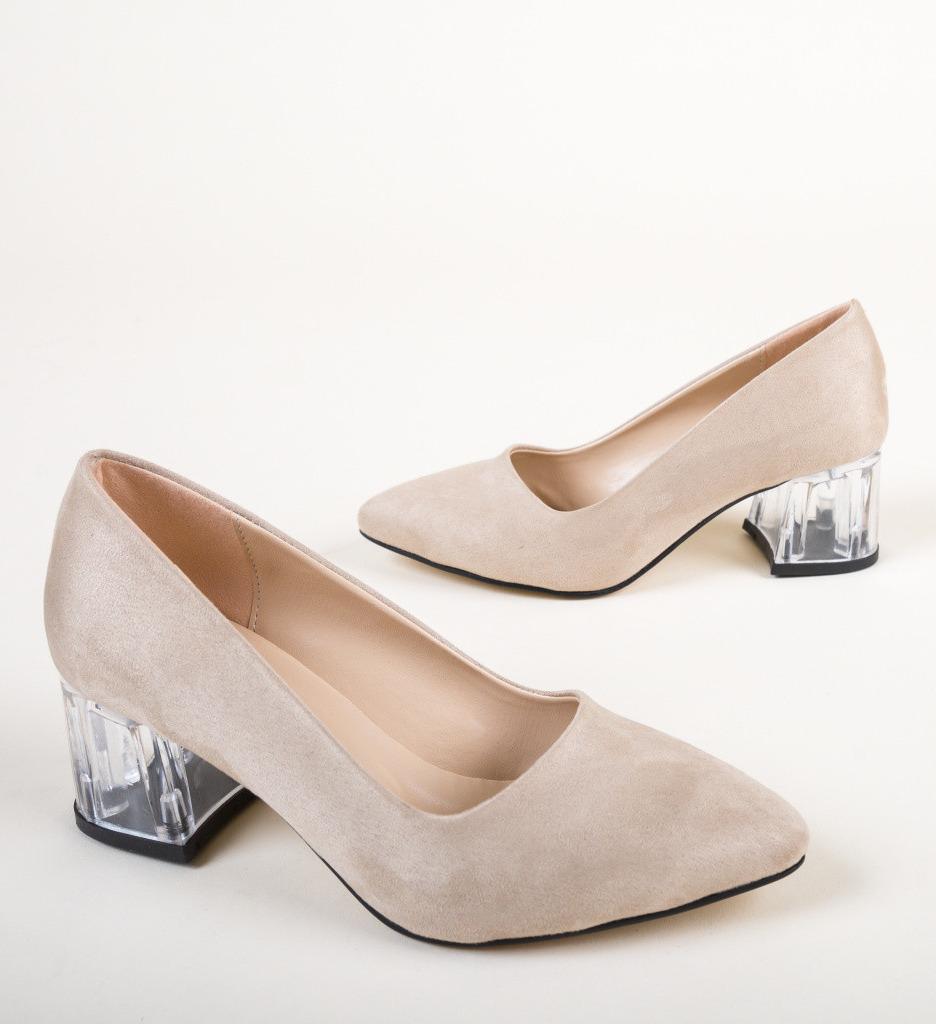 Обувки Dove Бежов