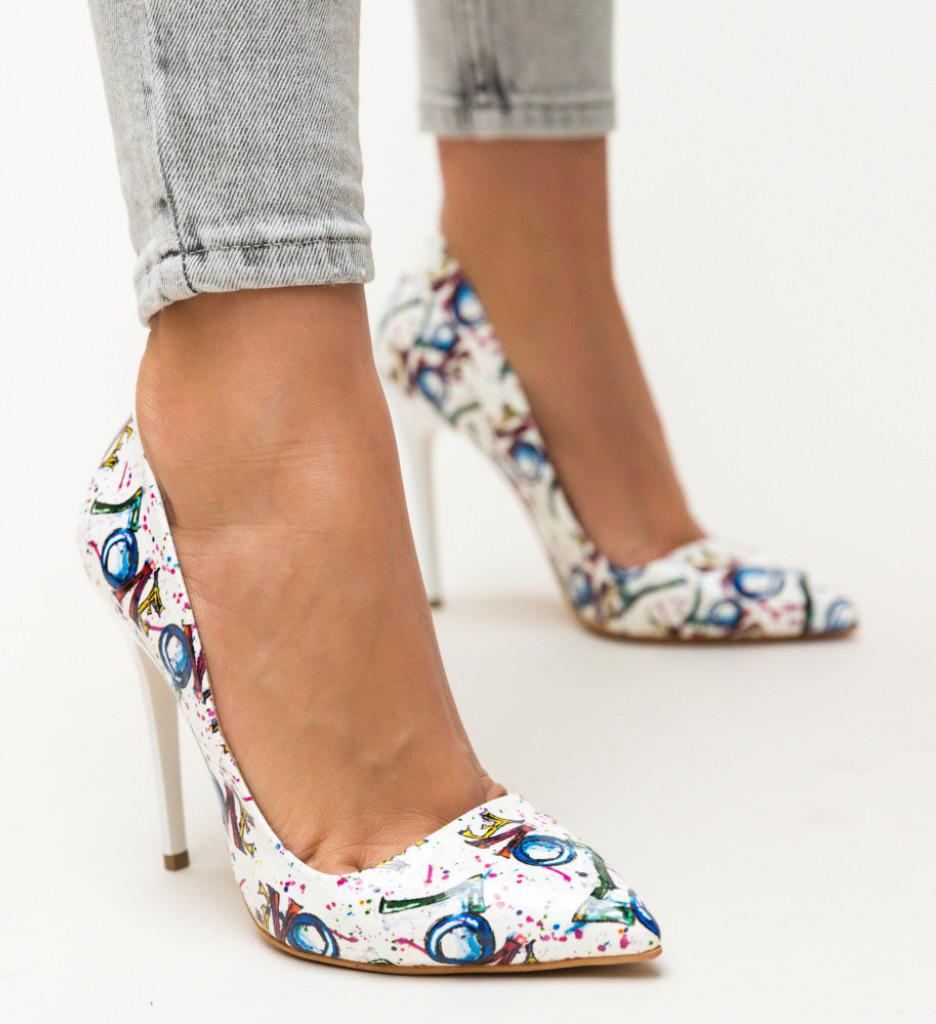 Обувки Kiton Бели