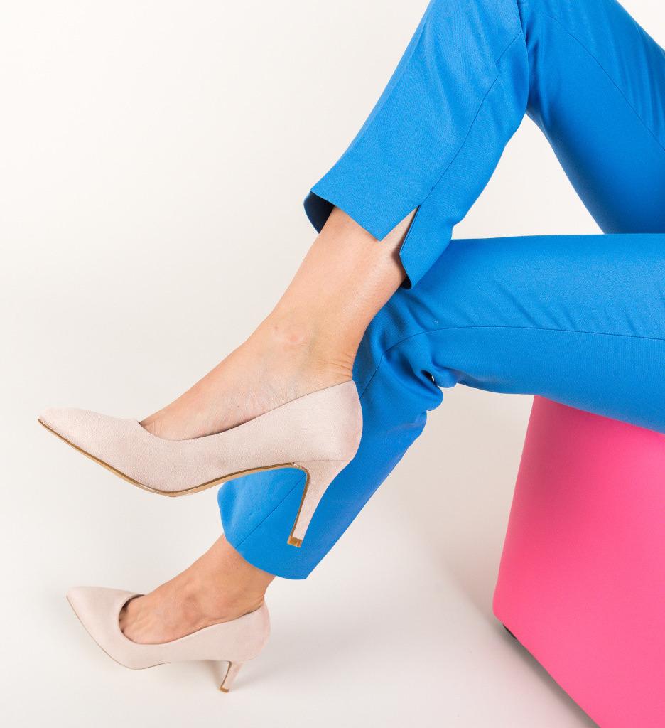 Обувки Hipor Бежов