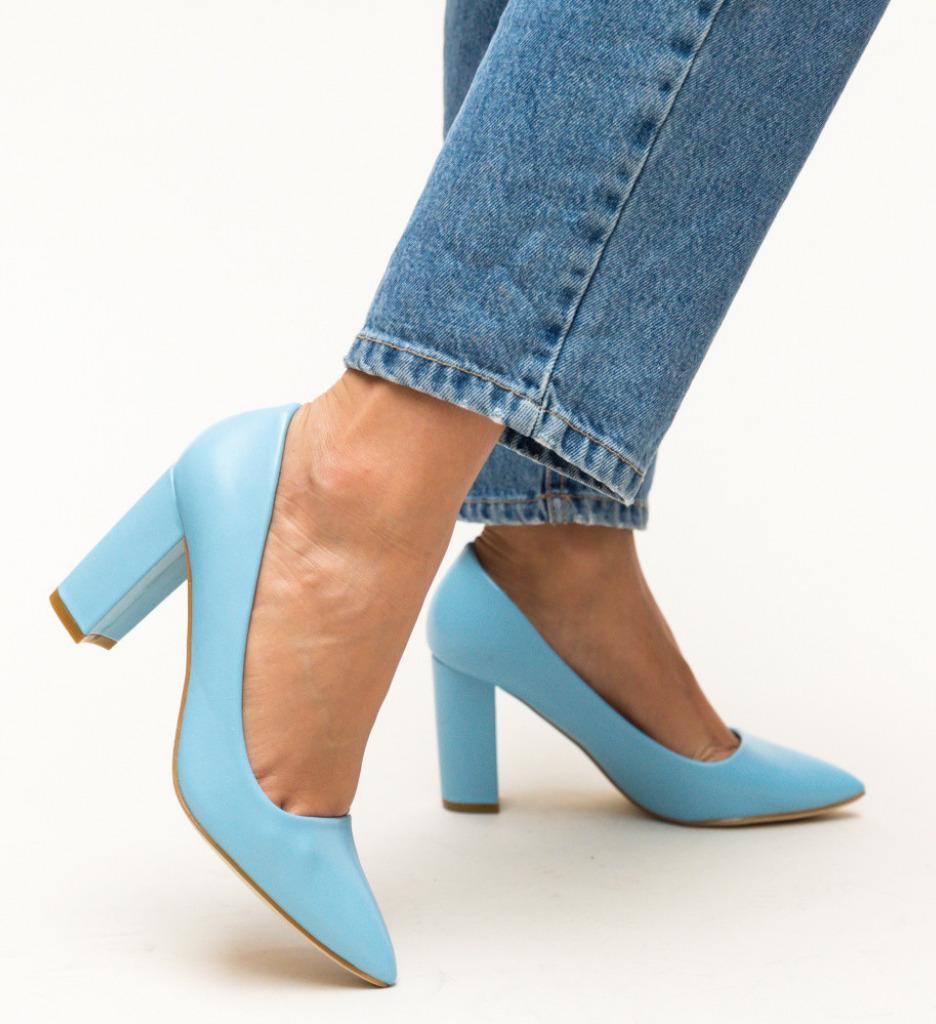 Обувки Pauline Сини