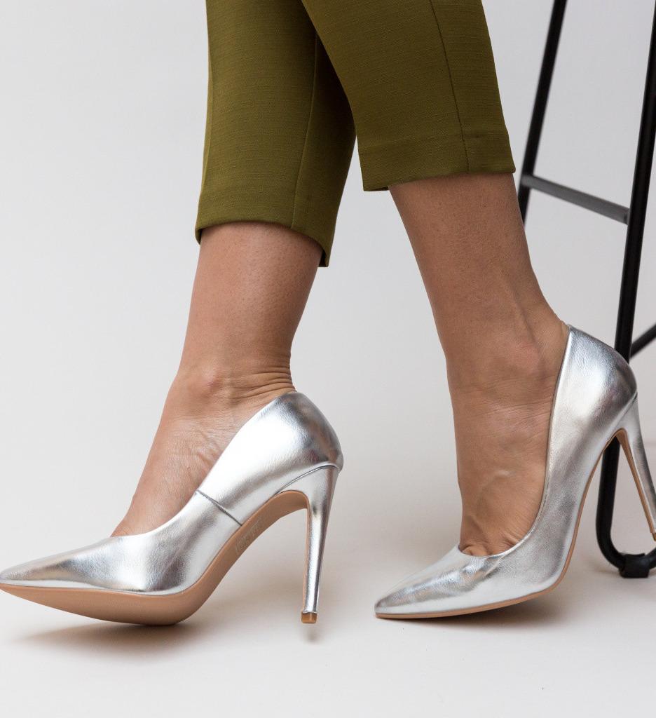 Обувки Abiha Сребърни