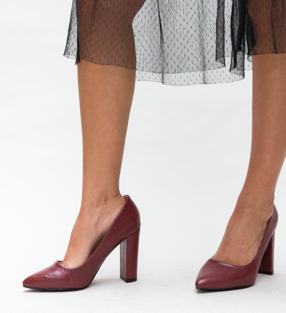 Обувки Yorker Гранатови