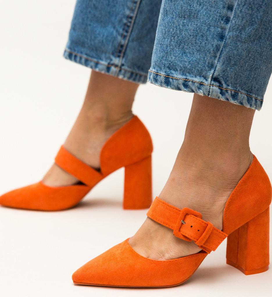 Обувки Dionne Оранжеви