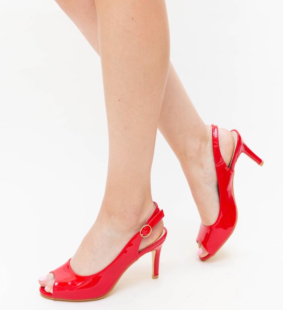 Обувки Ork Червени