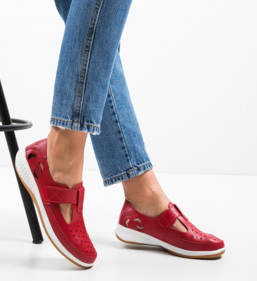 Ежедневни обувки Vletea