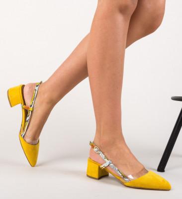 Обувки Conall Жълти