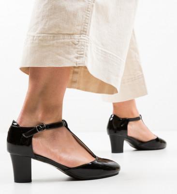 Обувки Guesso Черни