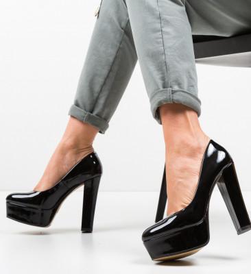 Обувки Kobi Черни
