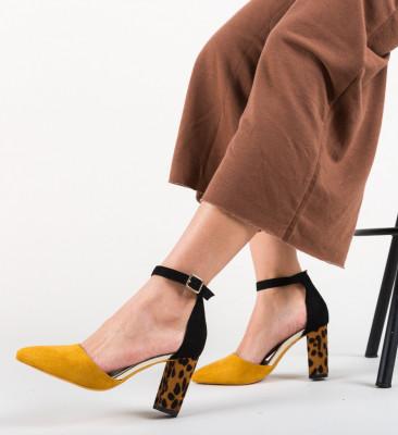 Обувки Kory Жълти