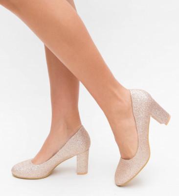 Обувки Oma Златни