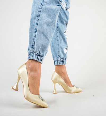 Обувки Piramin Златни