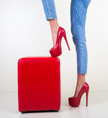 Обувки Sintyra Червени