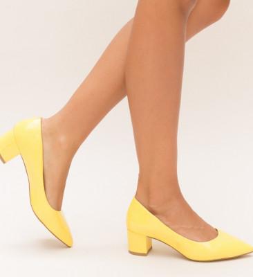 Обувки Tibo Жълти