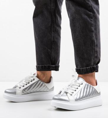 Спортни обувки Mandro Многоцветни