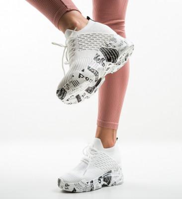Спортни обувки Pyke Многоцветни