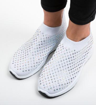 Спортни обувки Rosa Сребърни