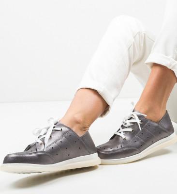 Ежедневни обувки Bessie Сив