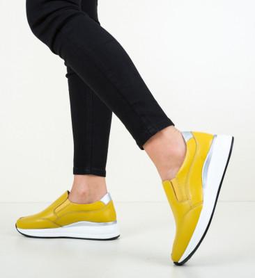 Ежедневни обувки Gemma Жълти