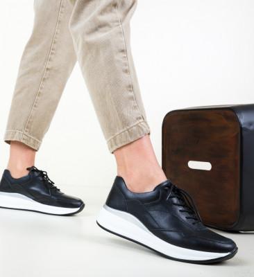 Ежедневни обувки Lynde Черни