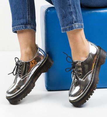 Ежедневни обувки Riley Сребърни