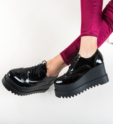 Ежедневни обувки Roxie