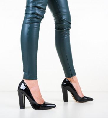 Обувки Dekor Черни