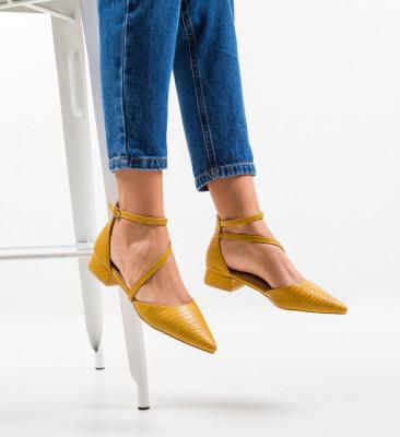 Обувки Haney Жълти