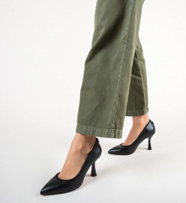 Обувки Latha Черни