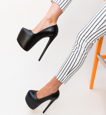 Обувки Qasim Черни