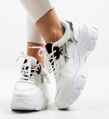 Спортни обувки Cara Бели