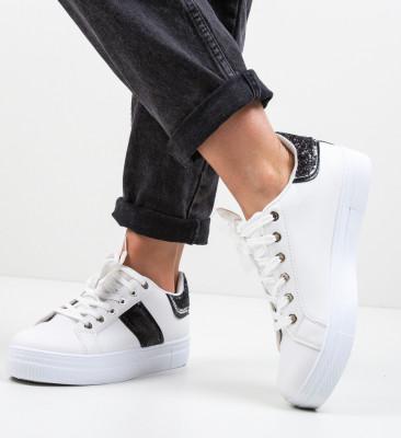 Спортни обувки Mina Многоцветни