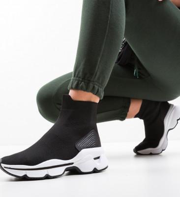 Спортни обувки Tyler Черни