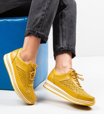 Ежедневни обувки Eve Жълти