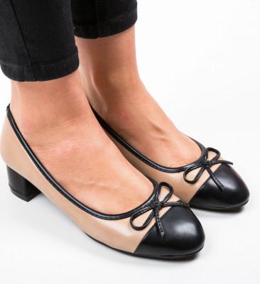 Обувки Calhou Бежов