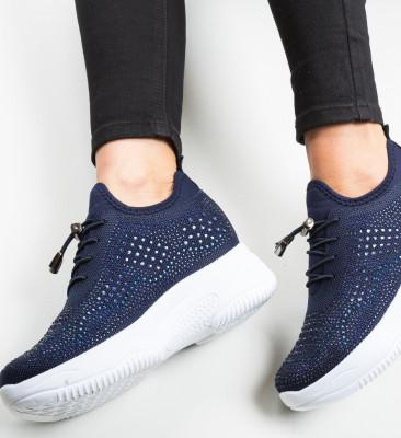Спортни обувки Maira Тъмносин
