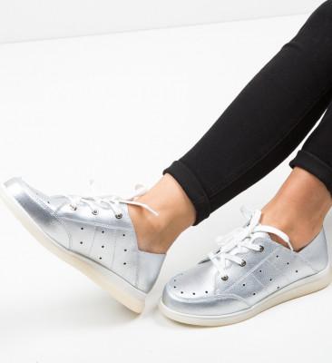 Ежедневни обувки Bessie Сребърни