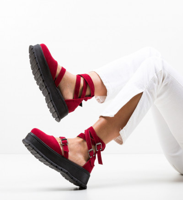 Ежедневни обувки Deluxema Червени