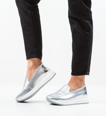 Ежедневни обувки Gilles Сребърни