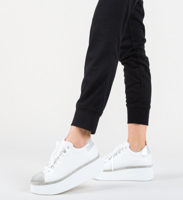 Ежедневни обувки Monarhi Бели