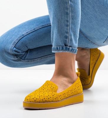 Ежедневни обувки Omega Жълти