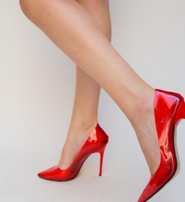 Обувки Banko Червени