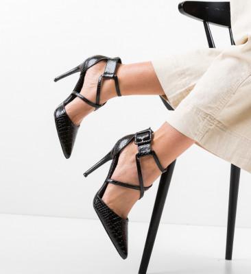 Обувки Cillia Черни