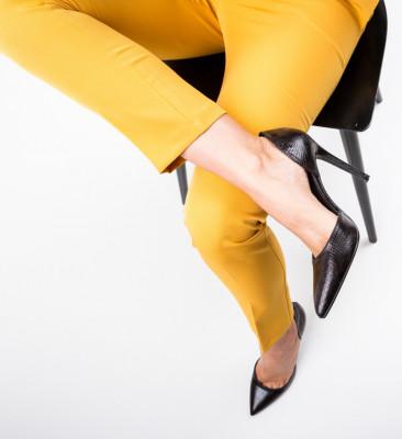 Обувки Jake Черни