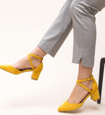 Обувки Theresa Жълти