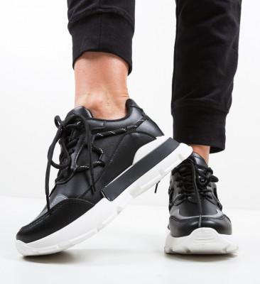 Спортни обувки Tyla Черни