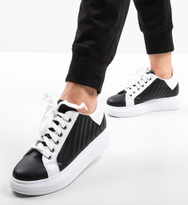 Ежедневни обувки Mandro Многоцветни