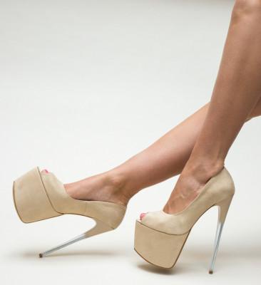 Обувки Taitaio Бежови