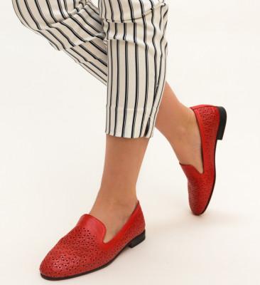Ежедневни обувки Milin Червен