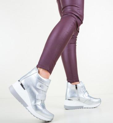Ежедневни обувки Norris Сребърни